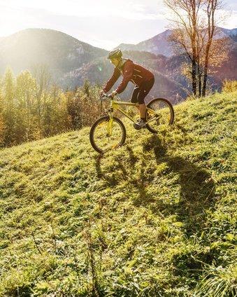 Aktiv Radfahren im Herbst