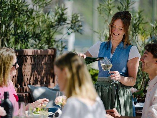 Genießen Sie den kulinarischen Sommer in unserem Gastgarten