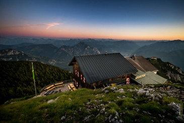 (c) Gmundner Hütte, am Traunstein